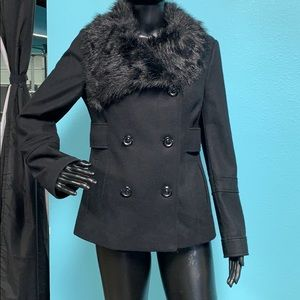 Black wool Peacoat with faux fur collar